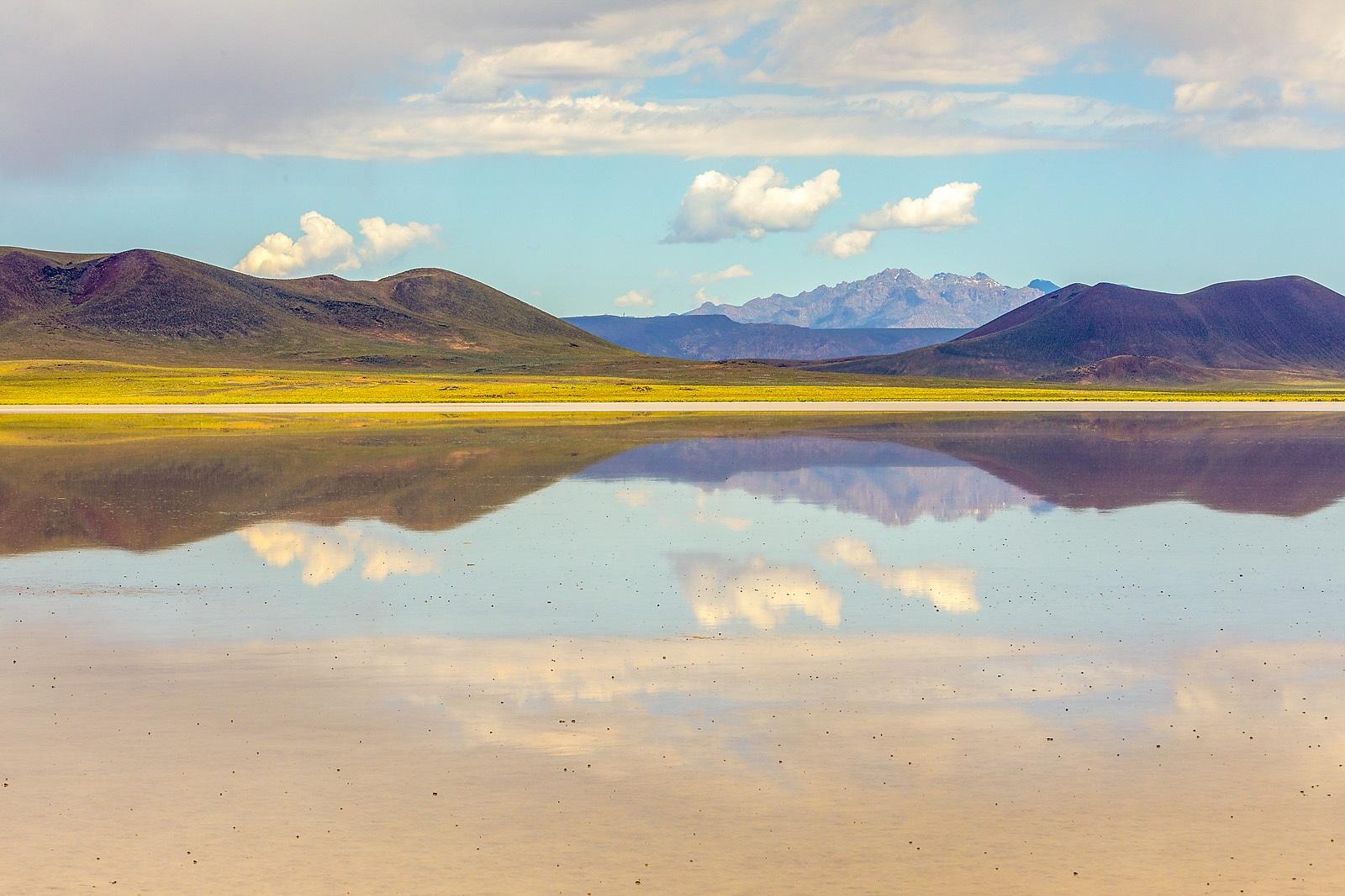 Nevada Scenic Landscape MG 1241 v2b  Lunar Lake