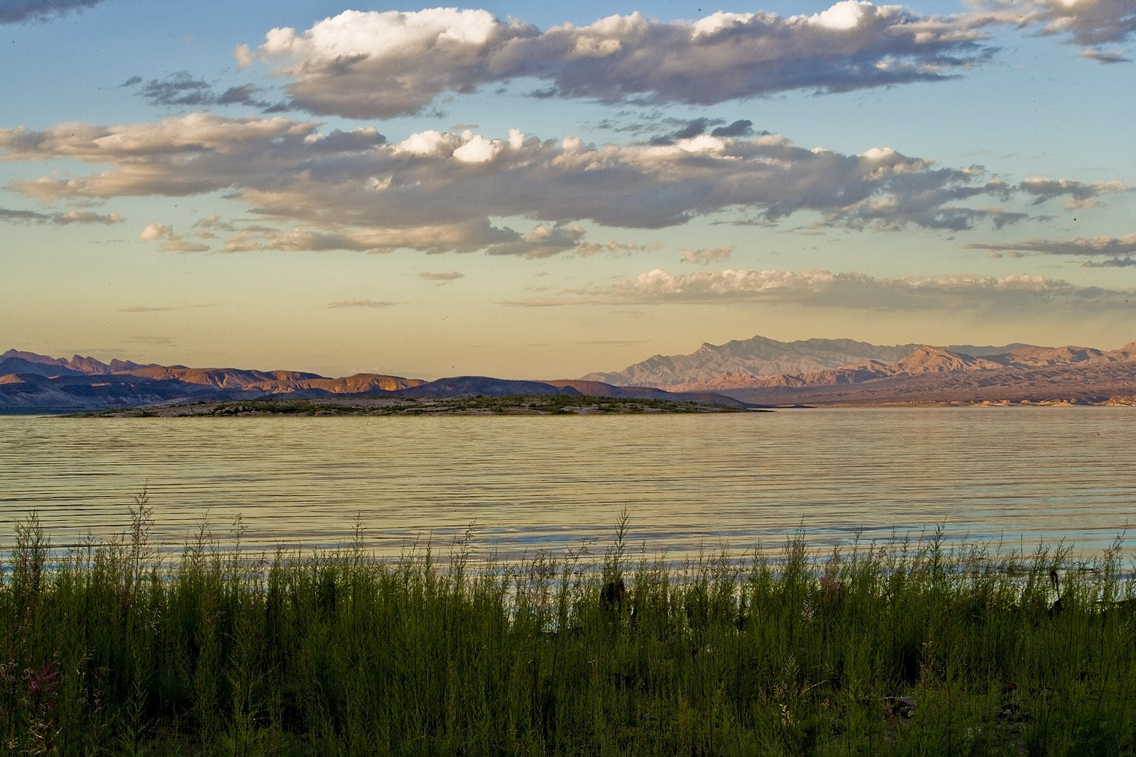 Nevada Scenic Landscape VQ4G8627 Lake Mead Sunrise