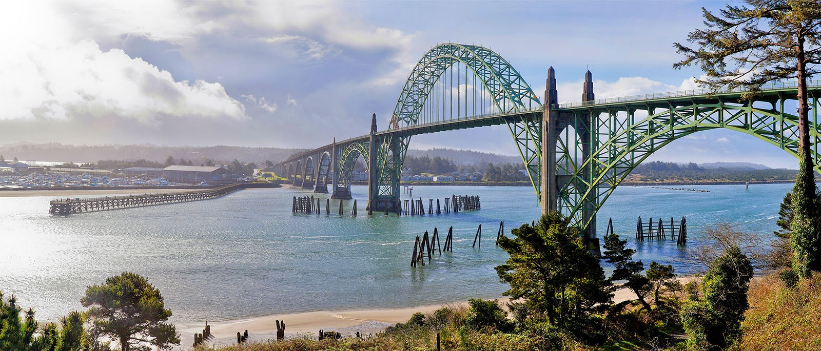 Yaquina-Bay-Bridge-