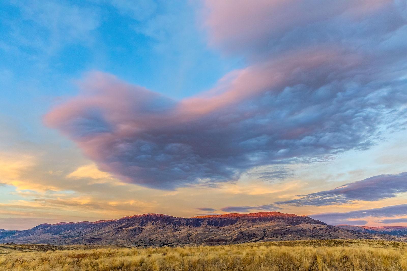 Oregon Scenic Landscape Clarno IMG_3488_v2_