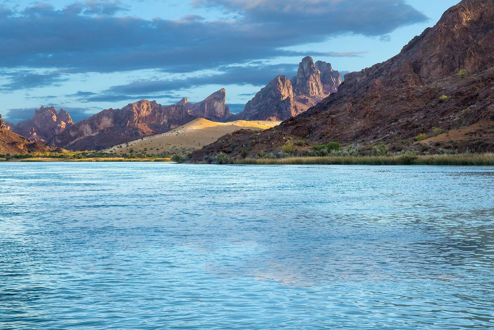 Colorado River Lake Havasu Arizona MG_0190_v3__